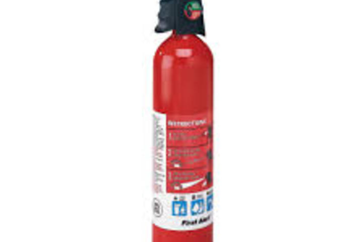 Hero 555 fire extinguishers first alert pkg  all are ul listed and use dot approved can  brk electronics