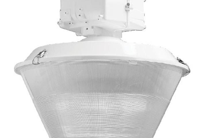 Hero 332 refr sw w refl  hubbell lighting