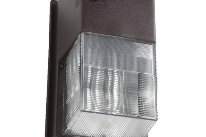 Hero 332 walpak 70w hps 120v polycarb pc brz w lp  hubbell lighting